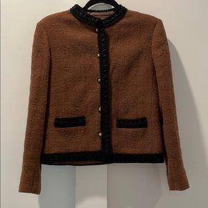 CHANEL Creations Vintage Brown Tweed Jacket 12